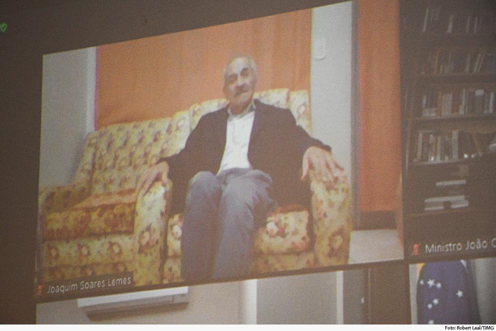 noticia-posse-pai-des-gilson-videoconferencia-01.07.2020.jpg