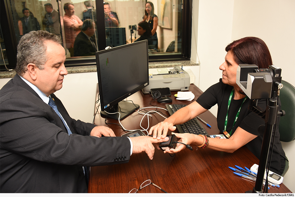 not-biometria-presidente.jpg