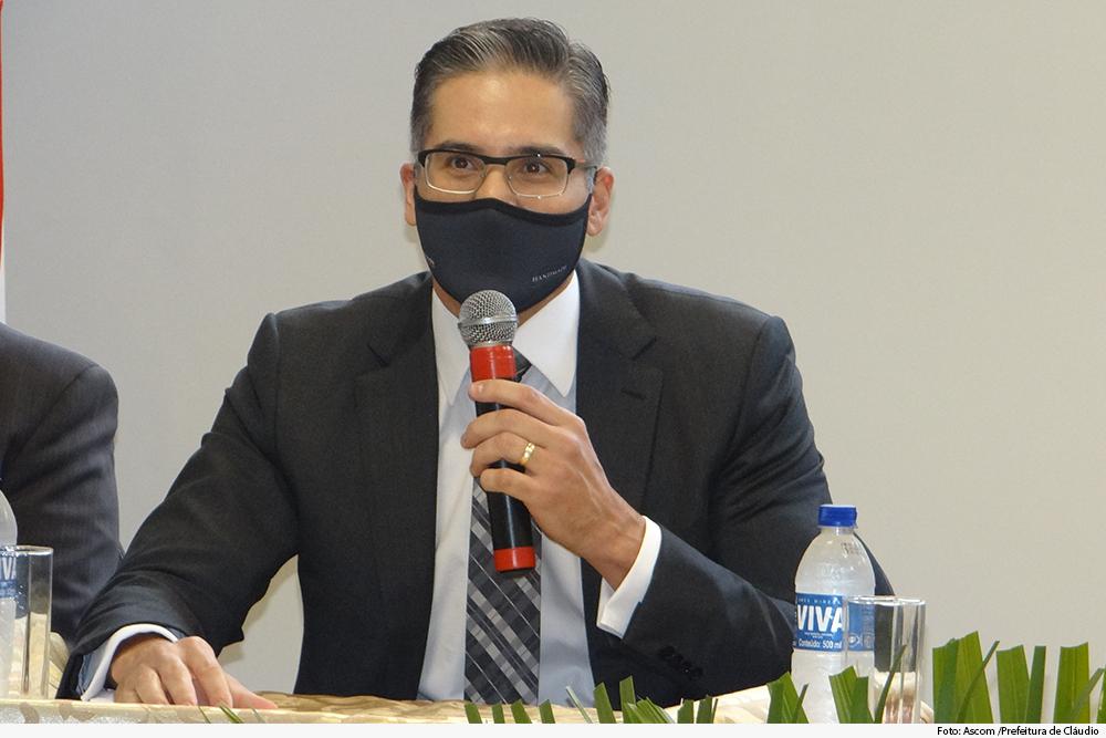 noticia3-dr diretor -inauguracao-forum-claudio-30.06.2020.jpg