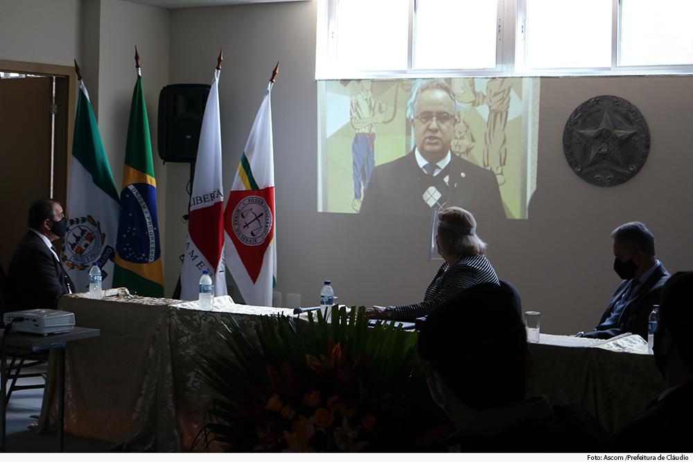 noticia5-inauguracao-forum-claudio-30.06.2020.jpg