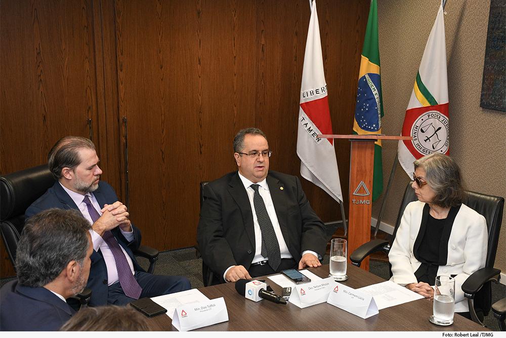 noticia3-visita-ministro-tofoli.jpg