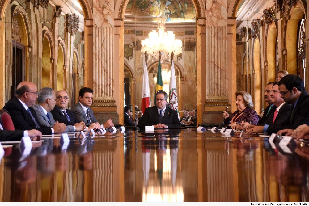 Noticia Presidente Pal_cio da Liberdade.jpg