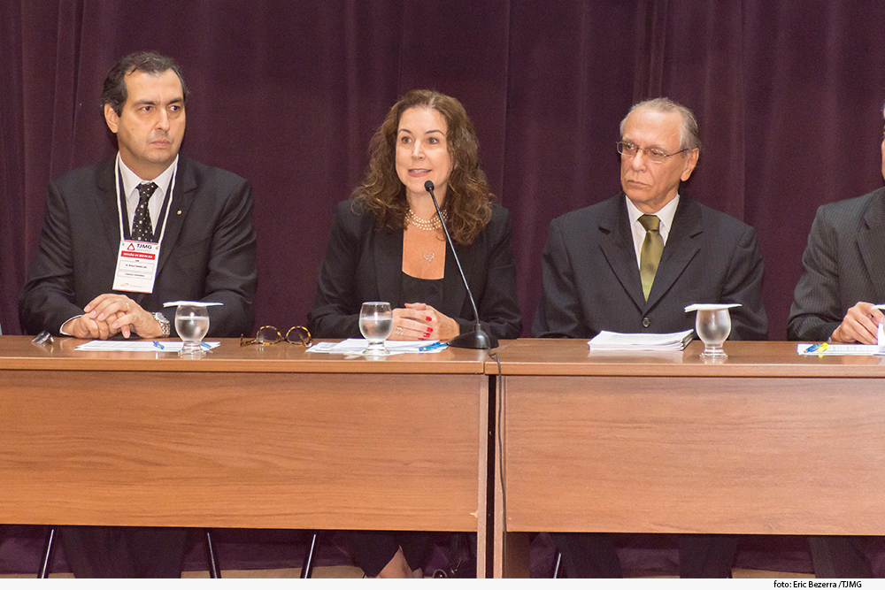 noticia05_08-02-19-Sessao-Publica-escolha-Serventias---cartorios.jpg