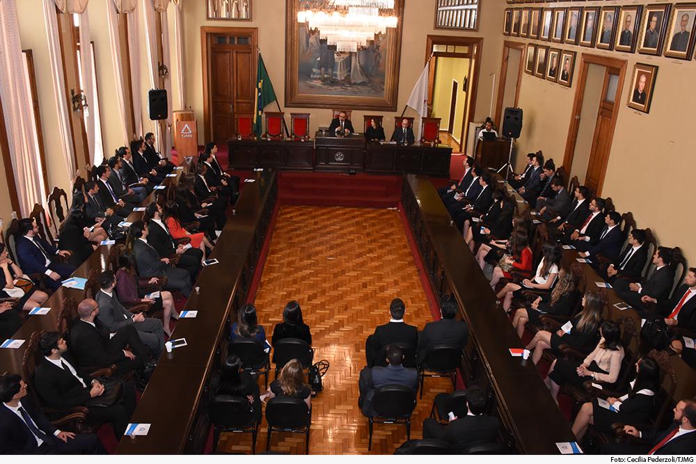 noticia2-novos-juizes-com-presidente-palacio-07.10.19.jpg