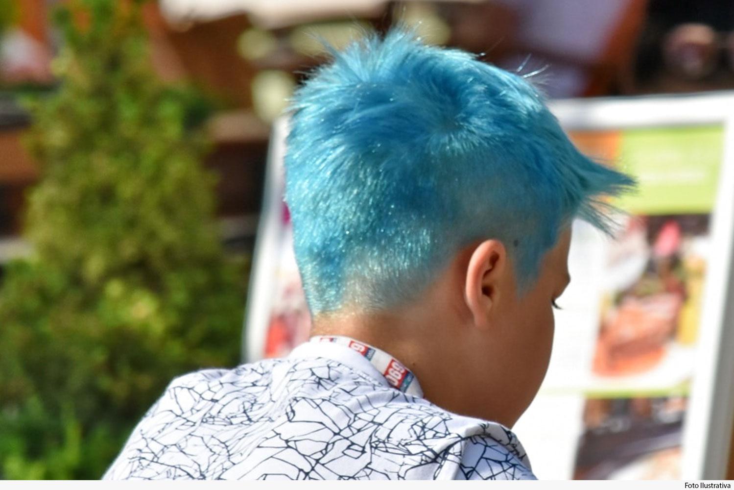noticia-cabelo-azul-10.01.20.jpg