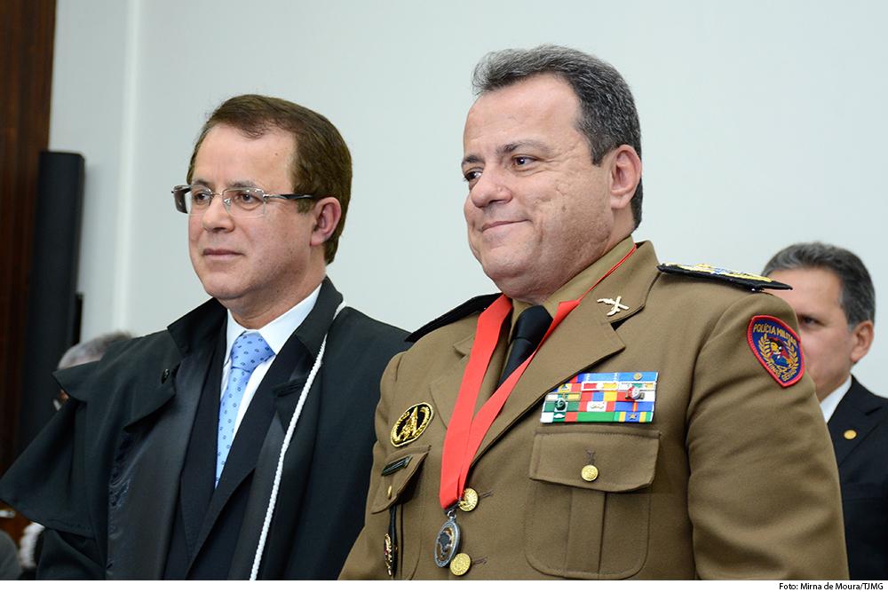 noticia2-medalha-TRE-11.06.19.jpg