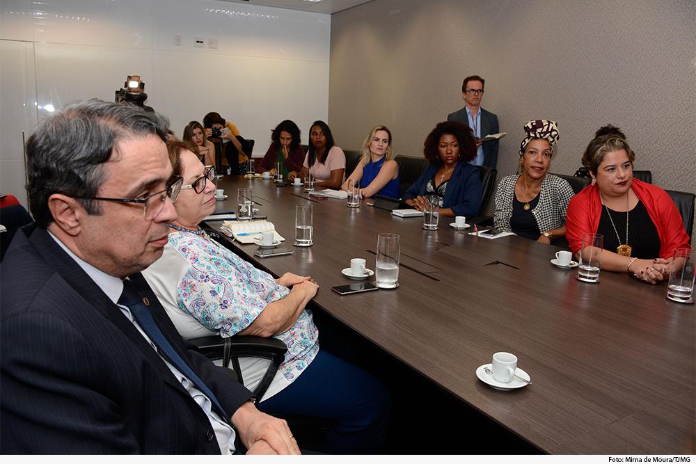 noticia01-econtro-mulheres-contagem-betim-30.05.19.jpg