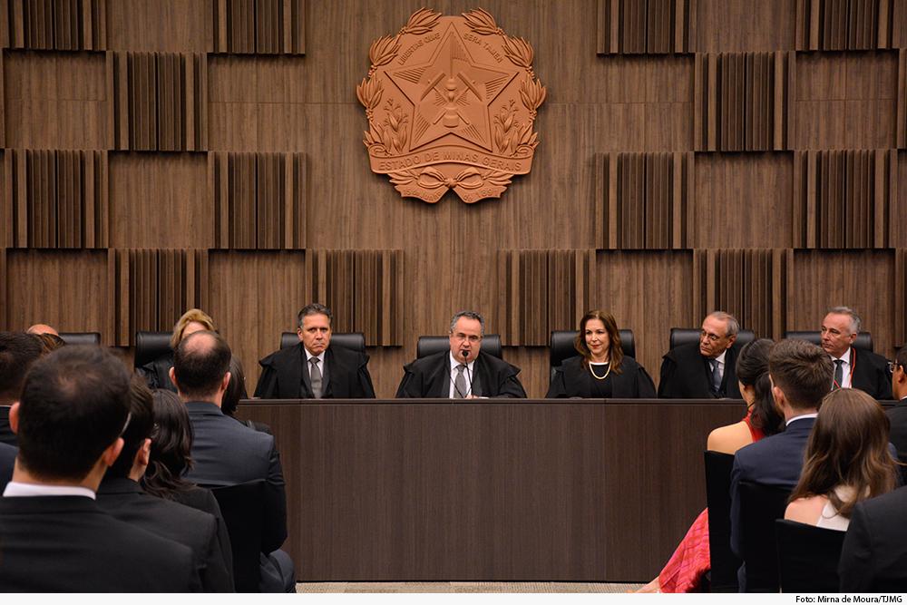 noticia2-posse-novos-juizes-29.08.19.jpg